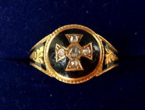 Victorian 15ct gold rose cut diamond memorial iron cross enamel ring
